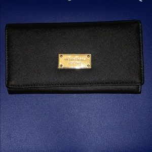 PRICE DROP! Michael kors Wallet